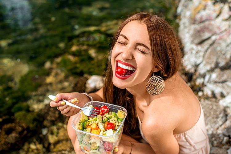 Vis, groente en fruit: zo eet je gezond op vakantie