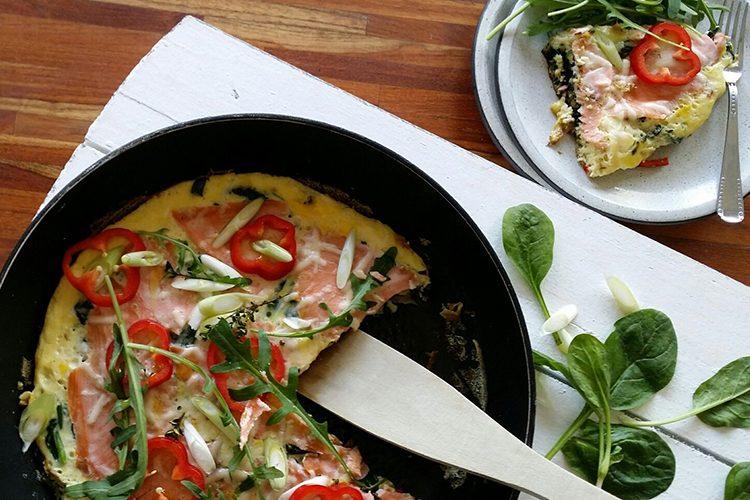Gluten- en lactosevrij recept: spinazie frittata met zalm
