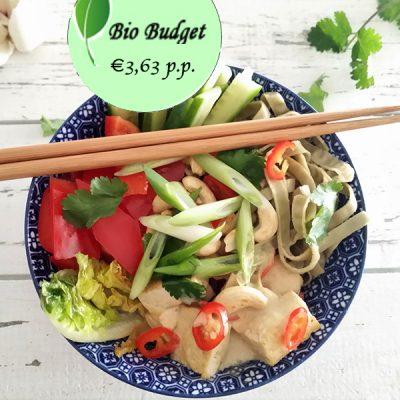 Bio Budgetrecept: Azië-bowl-tofu met pittige kokos-curry