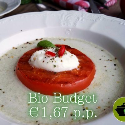 Feestelijk vega voorgerecht: Sandra's biobudget gegrilde tomaat in venkeljus