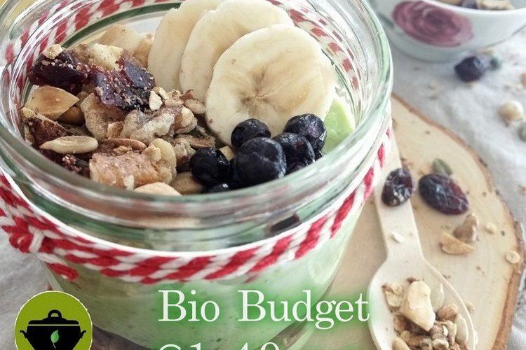 Biobudget vegan avocadomouse met banaan en snelle granola