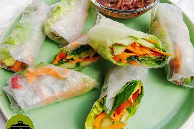 Bio vegan groentenloempia's van rijstpapier