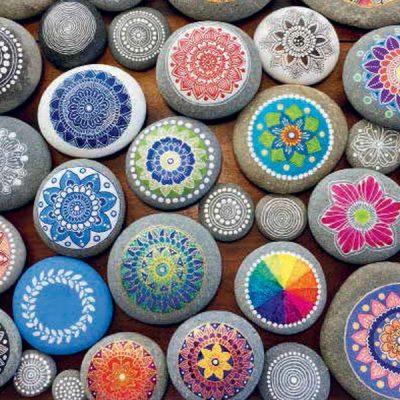 Geluksmomentje: happy stones verstoppen en vinden