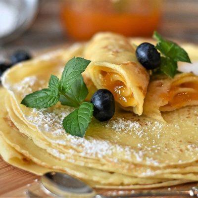 BIO Bord: fonio pannenkoek met rauwe melk